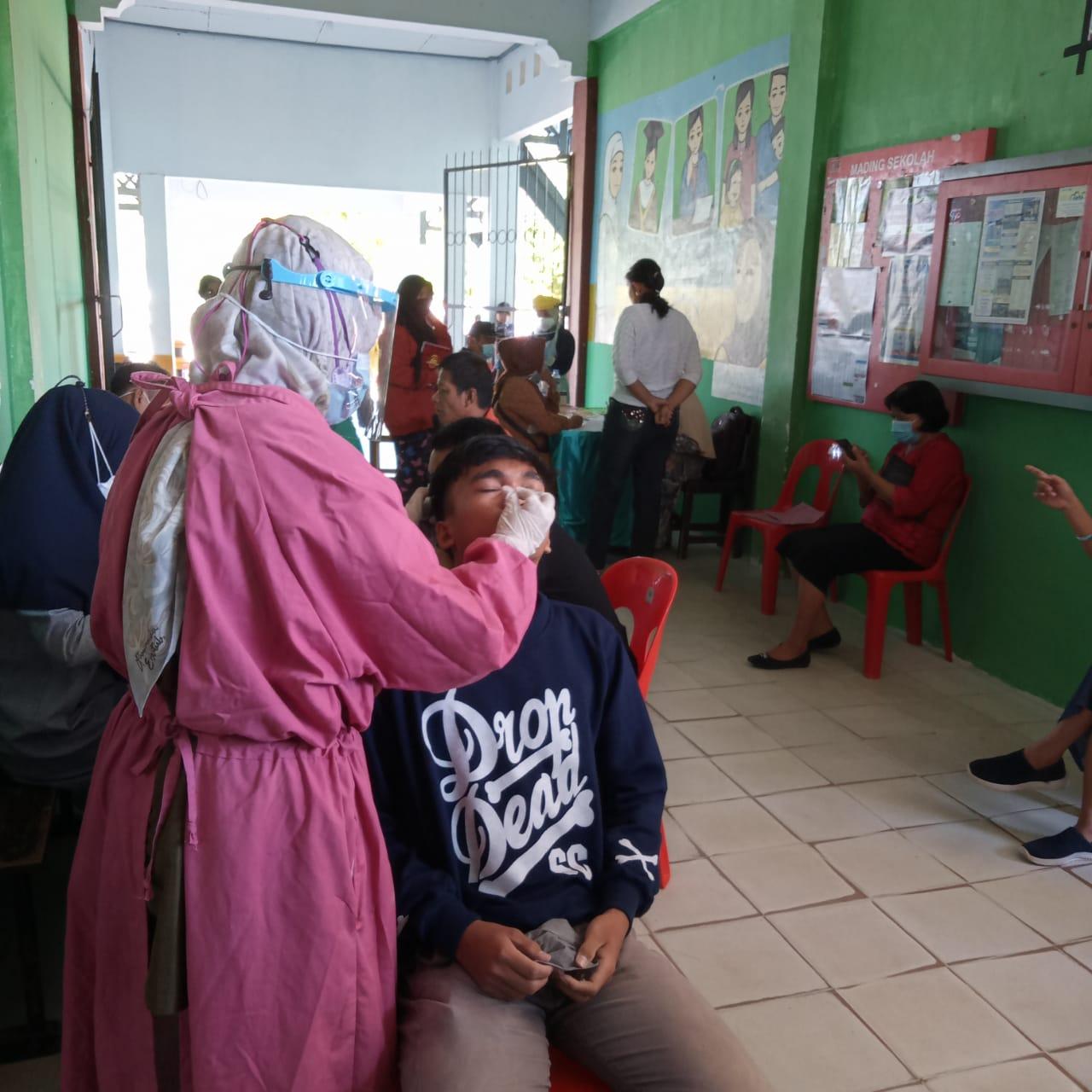 Pemeriksaan Kesehatan dalam Rangka PTT UPT SMAN 1 Luwu Utara